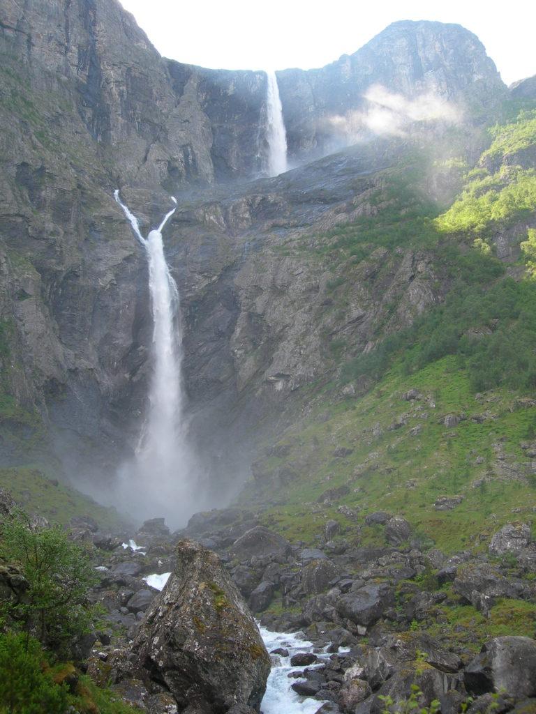Водопад Мордалфоссен